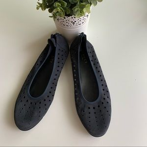 Sesto Meucci Perforated Leather Diva Back Zip Flat